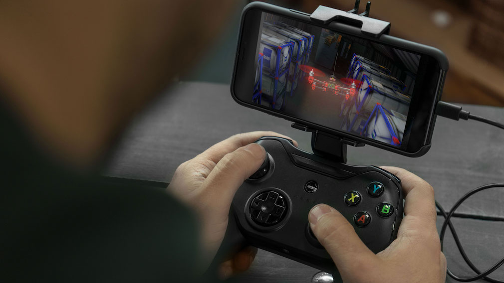 The Rotor Riot wired mobile controller now supports Fortnite