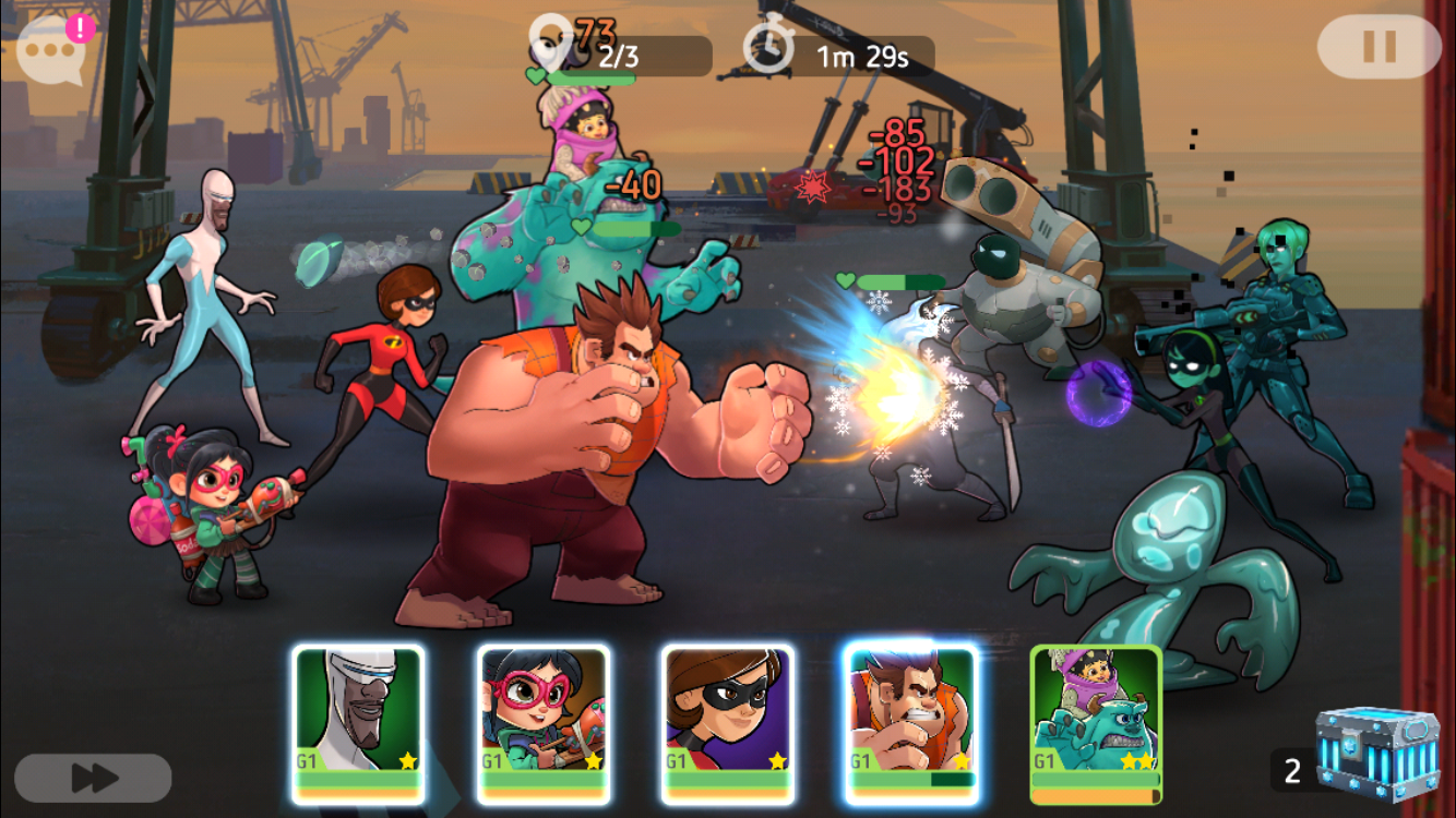 Disney Heroes: Battle Mode iOS-skärmdump - En strid vid hamnen