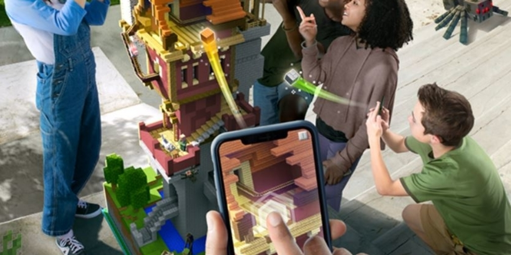 Minecraft Earth, an AR experience, announced to celebrate Minecraft